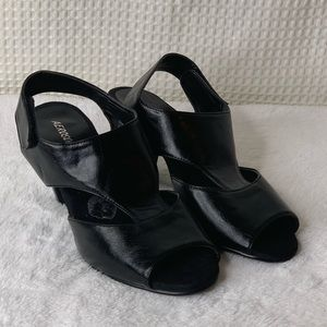 Areosoles heeled sandals size 9 GUC